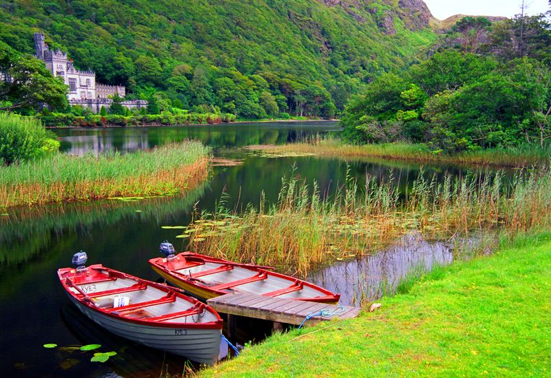 Kylemore_Abbey_Ireland.jpg